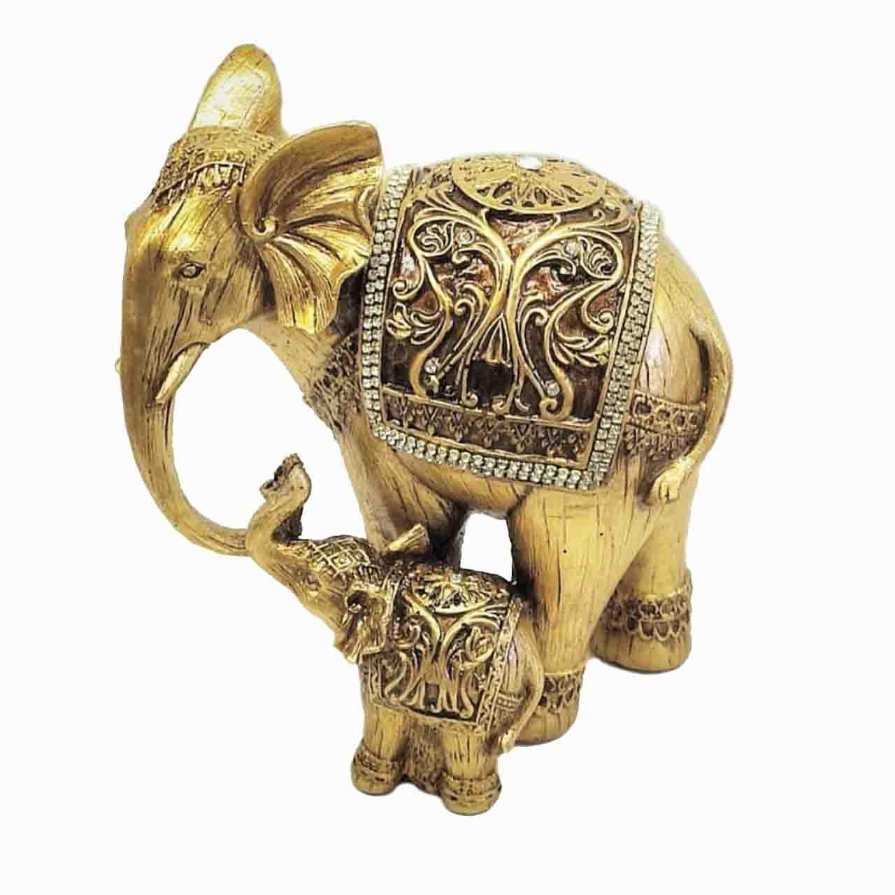 فيل طلايي متوسط با بچه